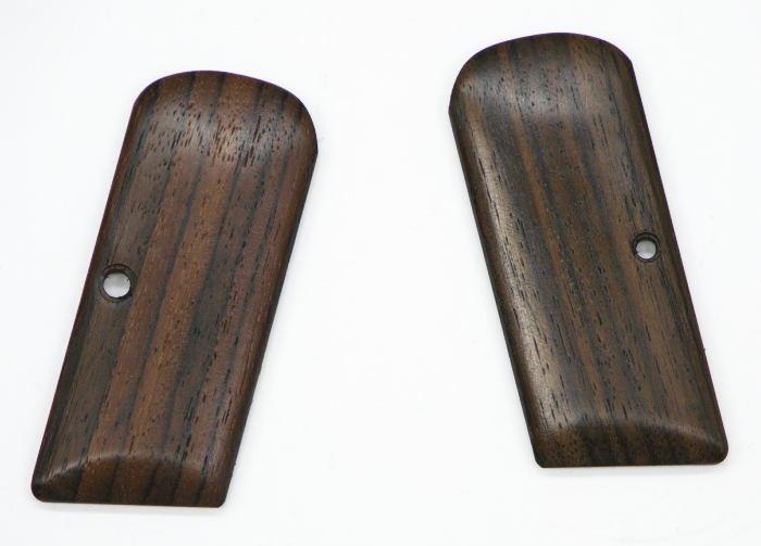 画像_ブローニングM1910用木製グリップ01