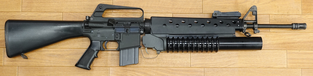 画像_M16 203付き ランチャーはガスにより弾頭発射!01
